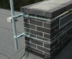 Držák antény/stožáru na komín 5m, bez nutnosti vrtání pro stožár do 50mm - 4